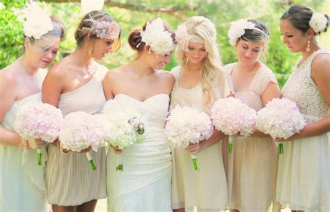 5 tips help you find your wedding colors