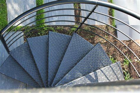 terrasses d aussieres 2010 escalier ext 233 rieur de la terrasse au jardin ehi