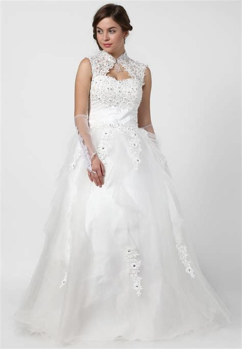 Wedding Gown Price by Christian Wedding Gown India Price