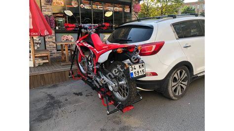 arac arkasinda pratik katlanabilir motosiklet tasima