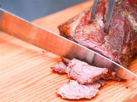 comment cuisiner un roti de boeuf comment cuisiner un r 244 ti de c 244 tes de bœuf 16 233