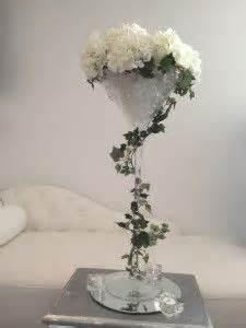 d 233 co vase martini dahlias blancs et mariage bleu