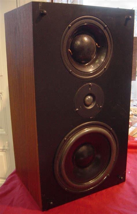 sealed bookshelf speakers 28 images sealed cabinet