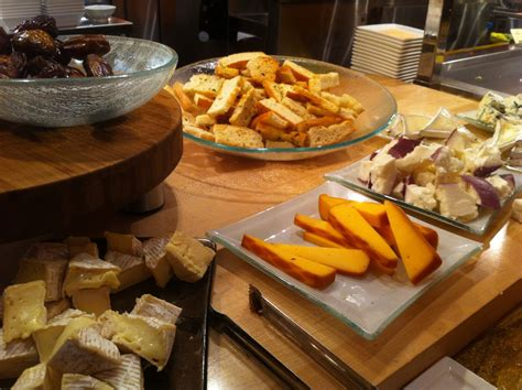 buffet arrangement for cosmopolitan las vegas