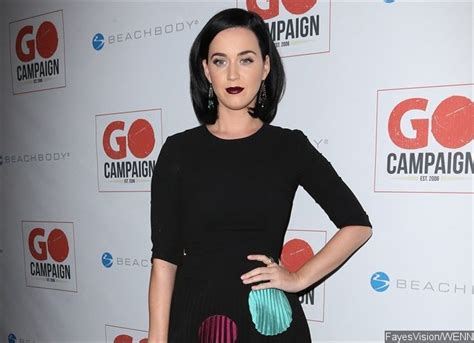 taylor swift or katy perry richer ka ching katy perry is forbes highest paid musician of
