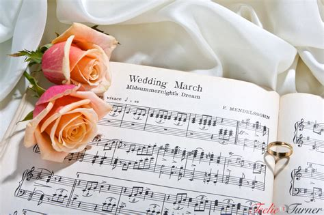 Wedding Songs Za by How To Your Wedding Song List Glamasia Glamasia