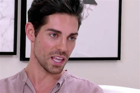 do celebrities date fans celebs go dating tom leaves fans stunned with essex