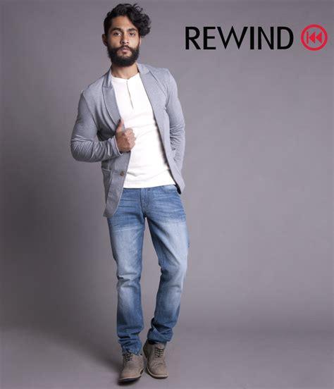 de moda blazer azul marino camisa de vestir blanca pantalon de saco gris pantal 243 n mezclilla calzado playera blanca
