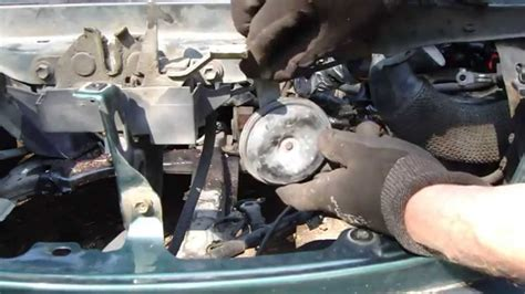how to replace horn toyota corolla years 1995 to 2010