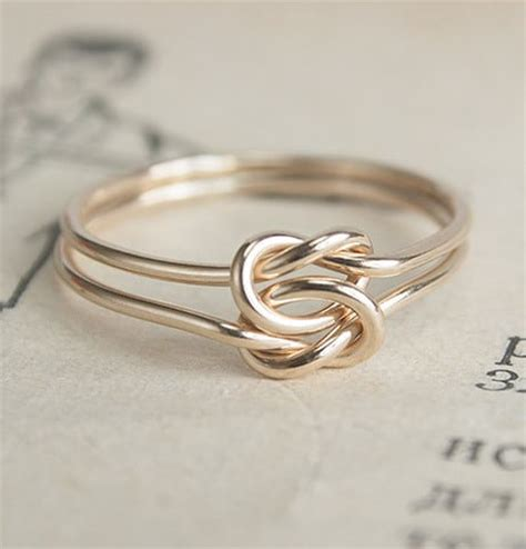 5 alternatives to the engagement ring the of