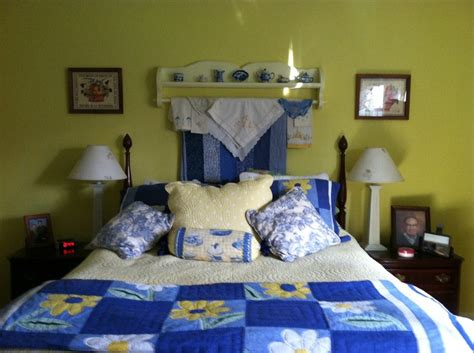Blue White Yellow Bedroom by 28 Best Images About Yellow Blue Bedroom Ideas On