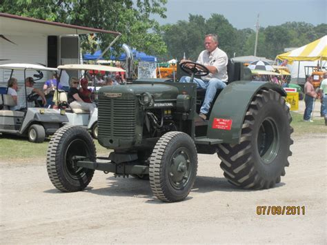 navy tractor us navy i6 tractor yesterday s tractors 987019