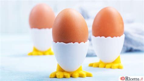 cucinare uovo alla coque ricetta uova alla benedict ricetta it