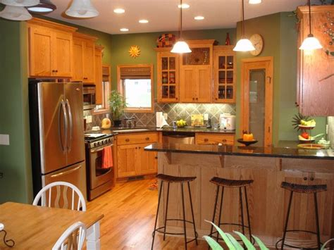 Paint Color Ideas For Kitchen Walls by 25 Best Ideas About Green Kitchen Walls On Pinterest
