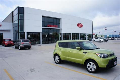 Find Kia Dealer Midwest Kia Witchita Ks 67209 1501 Car Dealership And