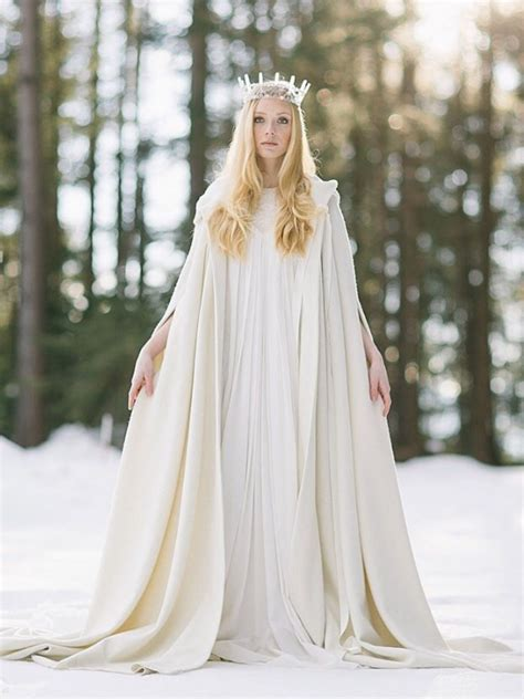 Beautiful Winter Wonderland Wedding Dresses   AxiMedia.com