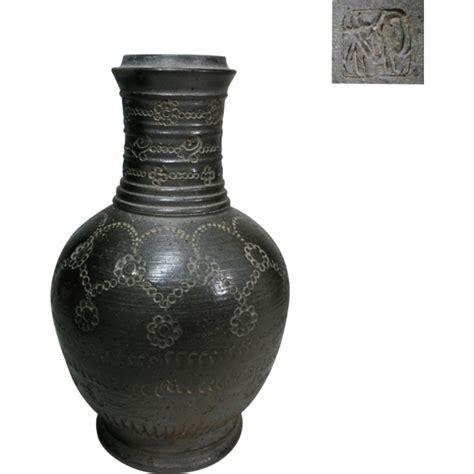korean pottery vase silla style or shiragi from