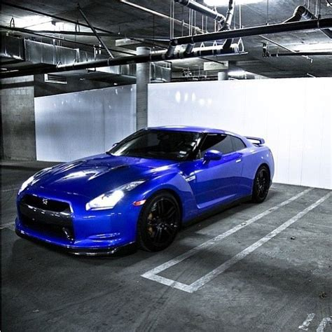 nissan sports car blue nissan gtr only 100k sport car that i would buy