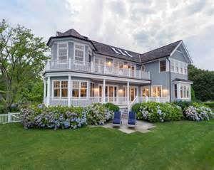 Coastal House Traditional Greenwich House Home Bunch