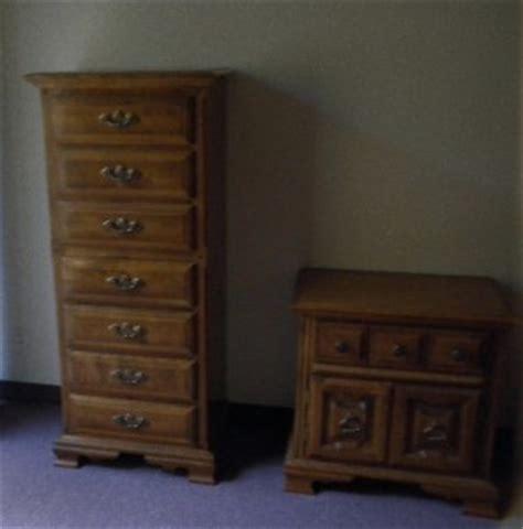 vintage meredith 6 pc maple bedroom furniture set dresser