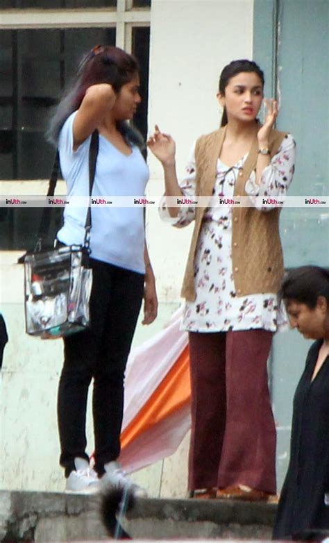 Alia Set alia bhatts look from raazi leaked raazi on the sets