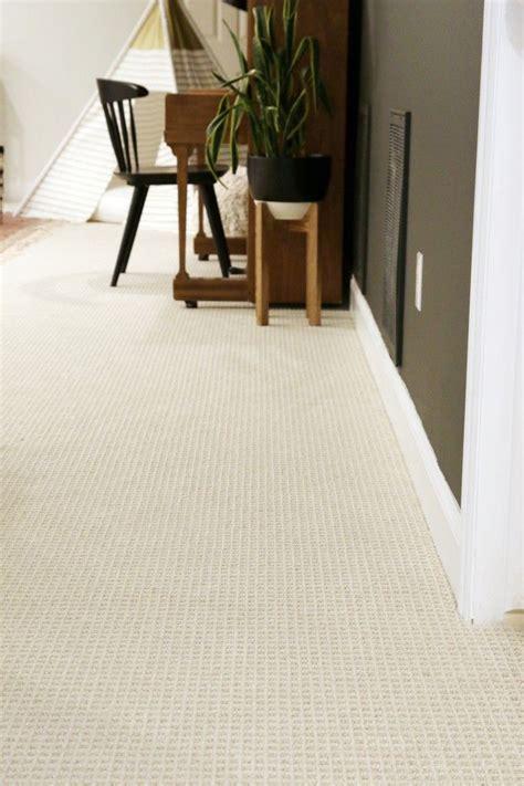 tips  choosing wall  wall carpet   modern family