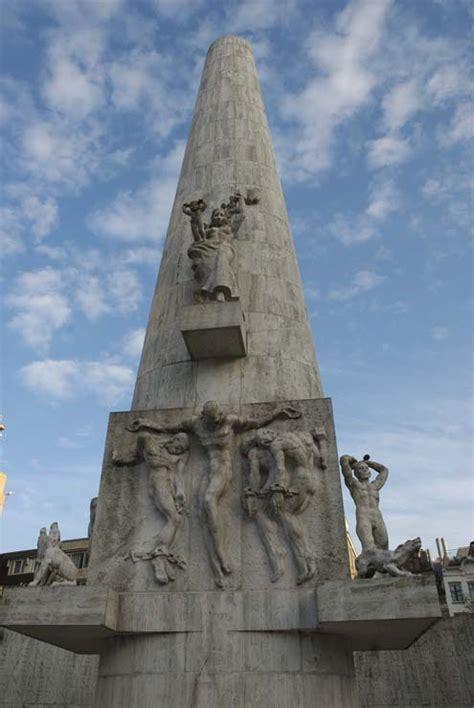 nationaal monument op de dam wordt rijksmonument