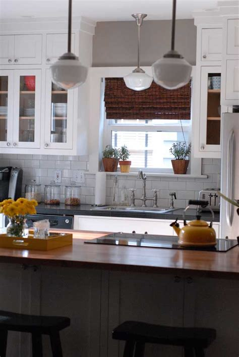 Bungalow Kitchen Remodel by Room Decorating Before And After Makeovers
