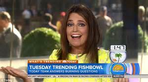 savannah guthrie 2nd pregnancy today s savannah guthrie 44 reveals that she is pregnant