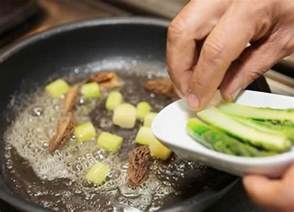 the difference between saute pan fry and stir fry the reluctant gourmet