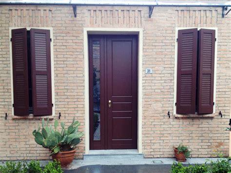 tettoie per porte d ingresso porte ingresso la sicurezza per la tua casa m b
