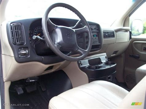 Chevy Express Interior by 2002 Chevrolet Express 3500 Commercial Interior Photo