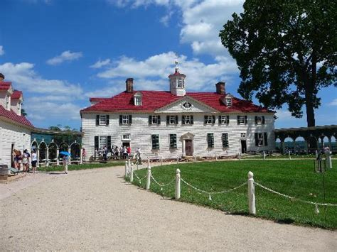 george washington s house george washington s house picture of george washington s mount vernon mount vernon
