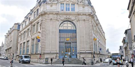 bureau de poste poitiers la poste h 244 tel de ville poitevins fr