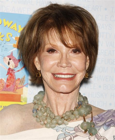 mary tyler moore mary tyler moore picture 7 broadway barks the 11th