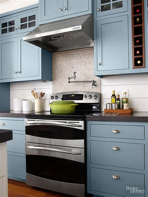 80 cool kitchen cabinet paint color ideas noted list - go halfsies in your kitchen with bi colored cabinets