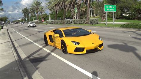 Sound Of Lamborghini Engine Lamborghini Aventador Lp700 4 Engine Sound Revs