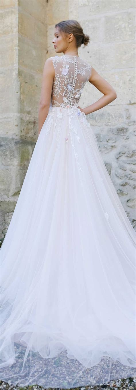 Wedding Dress Etsy by 20 Fabulous Wedding Dresses You Can Buy On Etsy