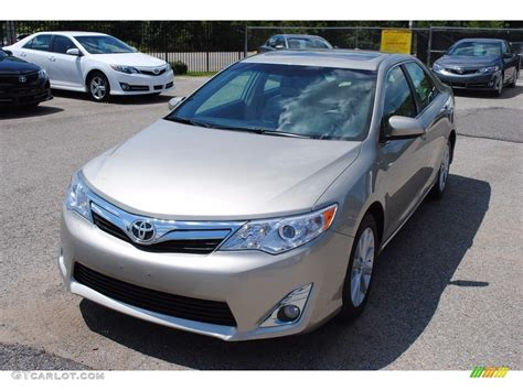 Toyota Camry Creme Brulee 2014 Creme Brulee Metallic Toyota Camry Xle 115251150