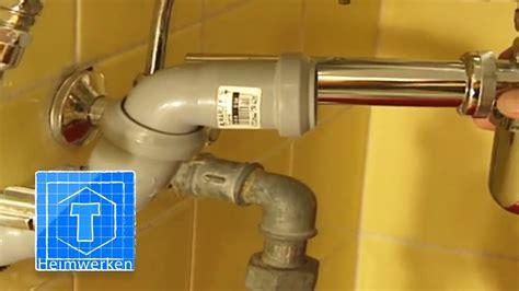 Wc Abflussrohr Undicht by Abflussrohr Verlegen Tipps F 252 R Den Einbau Eines Neuen