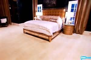 kandi burruss bedroom kandi rhoa kandi burruss bedroom decor like the idea of dark
