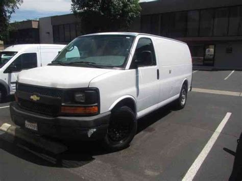 how it works cars 2011 chevrolet express 1500 parking system chevrolet express 1500 2011 van box trucks