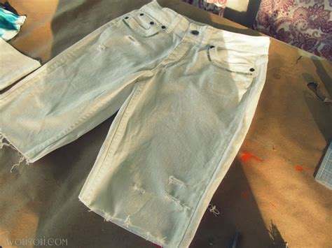 diy distressed shorts tutorial wobisobi cut denim distressed shorts diy