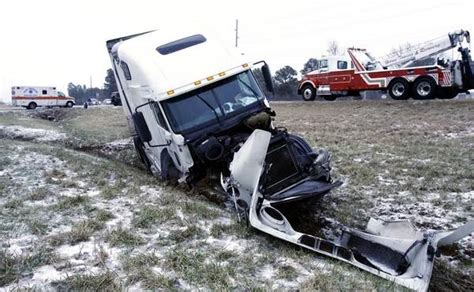 boating accident to pack how you can avoid a truck accident during your holiday