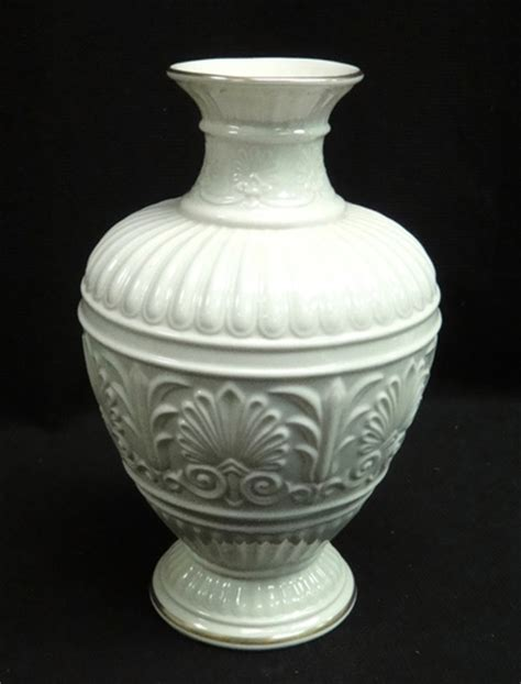 Lenox Athenian Collection Vase by Lenox Usa Bone China Athenian Collection Vase Gold Trim