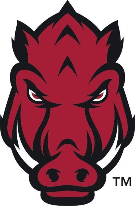 Razorbacks unveil uniforms, logo
