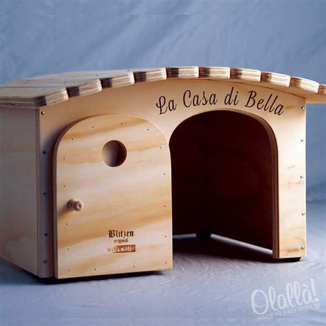 cucce per gatti da interno cuccia di legno personalizzabile con il nome per gatti e