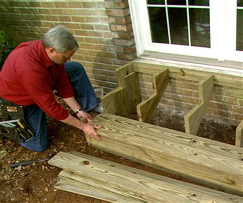 build wooden exterior steps - How To Build Steps To A Front Door