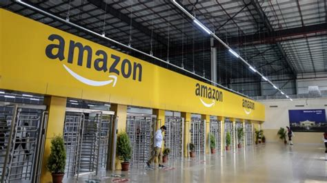 Amazon India Sweepstakes - hq2 eh amazon draws bids from canadian cities to be online seller s other home