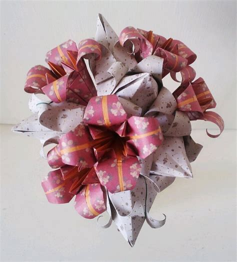 Origami Tulips Bouquet - 1000 ideas about origami bouquet on paper